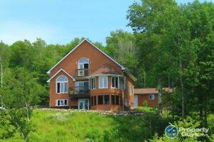 Stunning waterfront retreat on Bras d'Or Lake