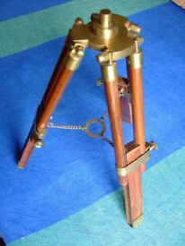 HARDWOOD TRIPOD STAND WITH BRASS FITTINGS.