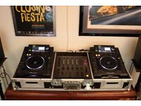 Pioneer CDJ-2000 (x2) & Pioneer DJM-600 Mixer - Perfect Condition and Full Working Order.