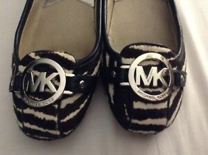 Michael kors flat shoes great conditions