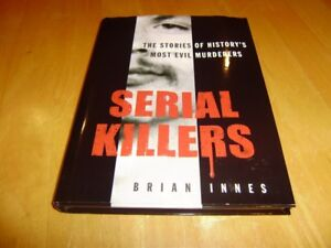 SERIAL KILLERS BOOK AND BOOK OF FAMOUS TRIALS