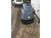 Professional power washer hot diesel pressure washer perfect working order