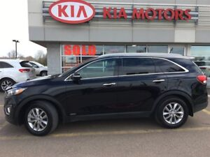 2016 Kia Sorento LX+ Turbo LOW KMS - ONLY $83* WEEKLY