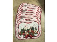 8 Large Padded Table Mats