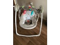 Baby comfort and harmony swing suitable from birth