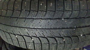 4 very good winter Tires with Rims   235   60 R16  100T