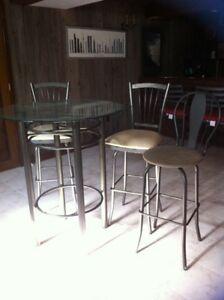 Glass pub table and two stools