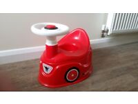 Car potty with steering wheel