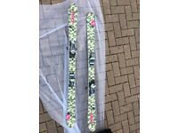 Roxy skii's Womens, camouflaged - good condition!