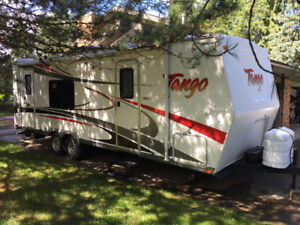 2007 27ft Pacific Coachworks Tango 265RKS