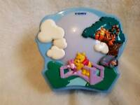 TOMY WINNIE THE POOH PROJECTOR COT MOBILE