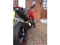 Ducati 821 Hypermotard 2014 RED - Full year MOT, FDSH, 1 owner, new sprockets/chain,Termi exhaust