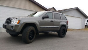 DIESEL! 2007 Jeep Grand Cherokee Laredo SUV, lif, wheels
