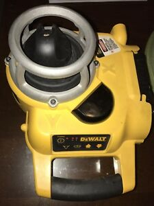 DEWALT 18volt laser level that needs a battery clip