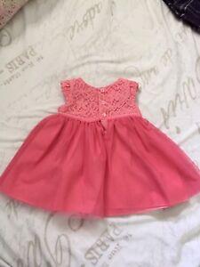 Robes pour bébé fille 6mois