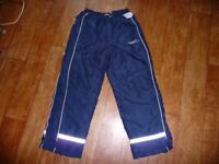 New, Ski trousers for a 9 year old boy. The price ticket is still on. Selling for £8