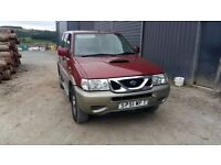breaking red nissan terrano 4x4 automatic lwb