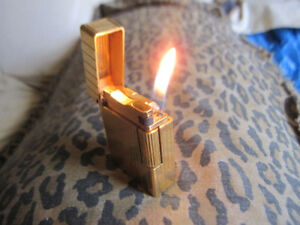 ST Dupont Paris Lighter Vertical Line 1 Rare Gold