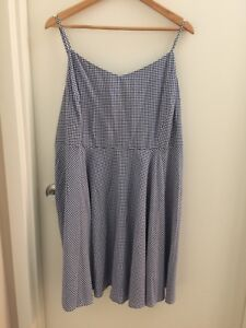 Old Navy 100% Rayon Dress