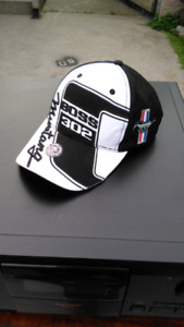 Ford Mustang hat new 20$