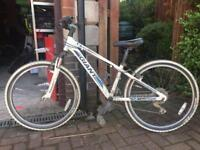 """Giant 24"""" XTC Kids bike"""