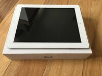 Apple ipad 2 16gb White and silver Excellent condition barley used £100