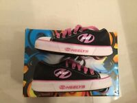 Heelys Pure size 12 very good condition!