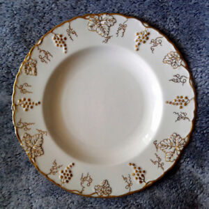 "Royal Crown Derby ""Vine Gold"" Plate"