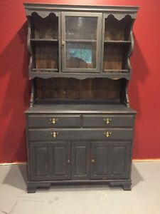 Cabinet   *REDUCED*