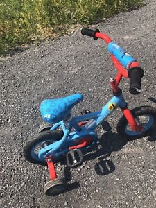 Tomas Children's bicycle with training wheels