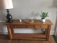 Solid oak - 3 drawer console table - Wentworth collection