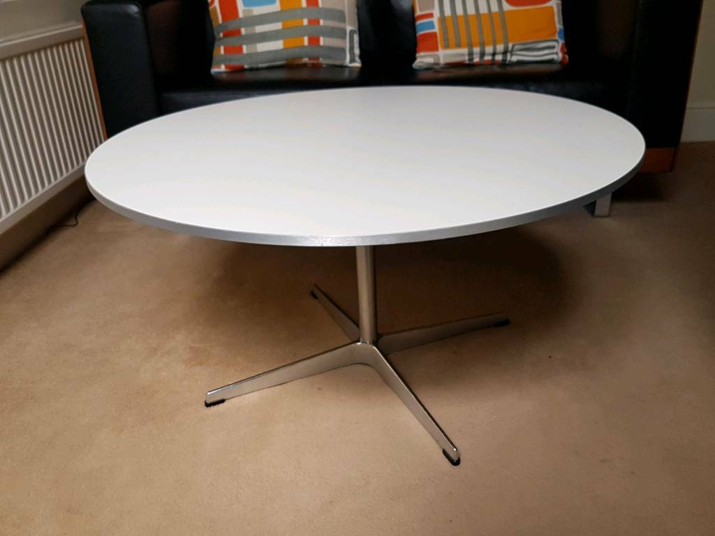 FRITZ HANSEN SPACE WHITE COFFEE TABLE