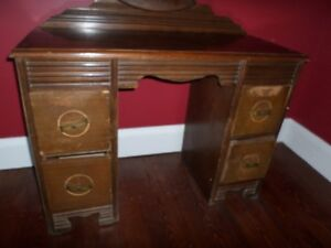 Dressing table, dresser and wash stand