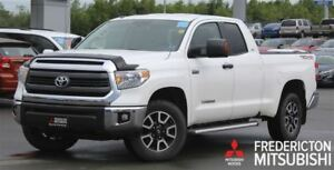 2015 Toyota Tundra SR5 TRD! HEATED SEATS! BACKUP CAM!