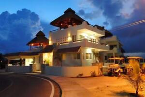 Spacious Oceanfront Home, 5 BR-El Castillo Maya