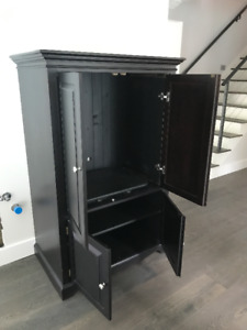 Country Furniture Armoire