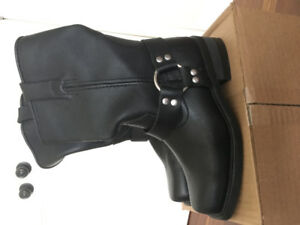NEW Road Iron LEather Boots Ladies s7