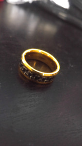 Mens size 10 Titanium ring