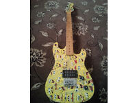SPONGEBOB SQUAREPANTS electric guitar great condition - plays well £120 new, sell for £45