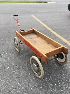 50s WOODEN WAGON