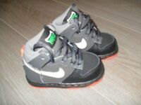Nike Hi Top Trainers - UK Size 4 (Infant)