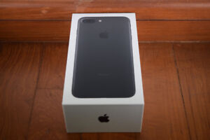 32GB BLACK IPhone 7 New with Box and Accessories TELUS/ KOODO