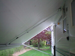 TENSION AWNING MIDDLE BAR