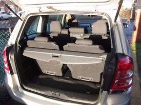 Vauxhall Zafira 1.7 CDTi ecoFLEX 16v Exclusiv MPV 5dr Diesel Manual, 7 Seats, 2 Owners