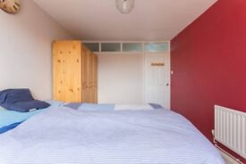 Ready To Move In, Decent, Friendly Accommodation at North Watford