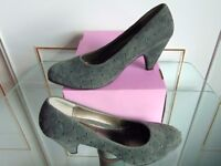 """Grey Suede Shoes,""""Comfort +"""", All day comfort,Sz6,wider fit,worn once,minor heel scuffs. LAST CHANCE"""