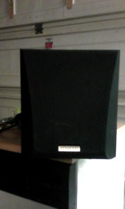 KENWOOD SUBWOOFER . SW-303