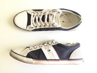 Tommy Hilfiger Sneakers Size 8.5 UK - New condition -60%