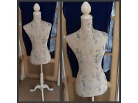 Tailor's dummy in great condition to sell - £40