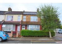 2 Bed flat with Garden for sale